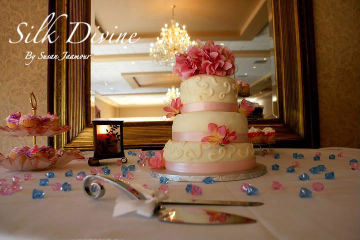 Bridal Cakes By Silk Divine